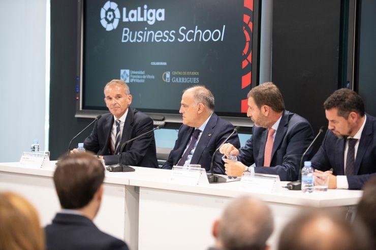 LaLiga7 logo